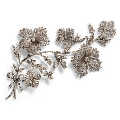 Der Kornblume freudiges Zittern - En tremblant-Haar Ornament & Brosche aus 366 Diamanten, um 1880. Photo © 2019 Hofer Antikschmuck Berlin