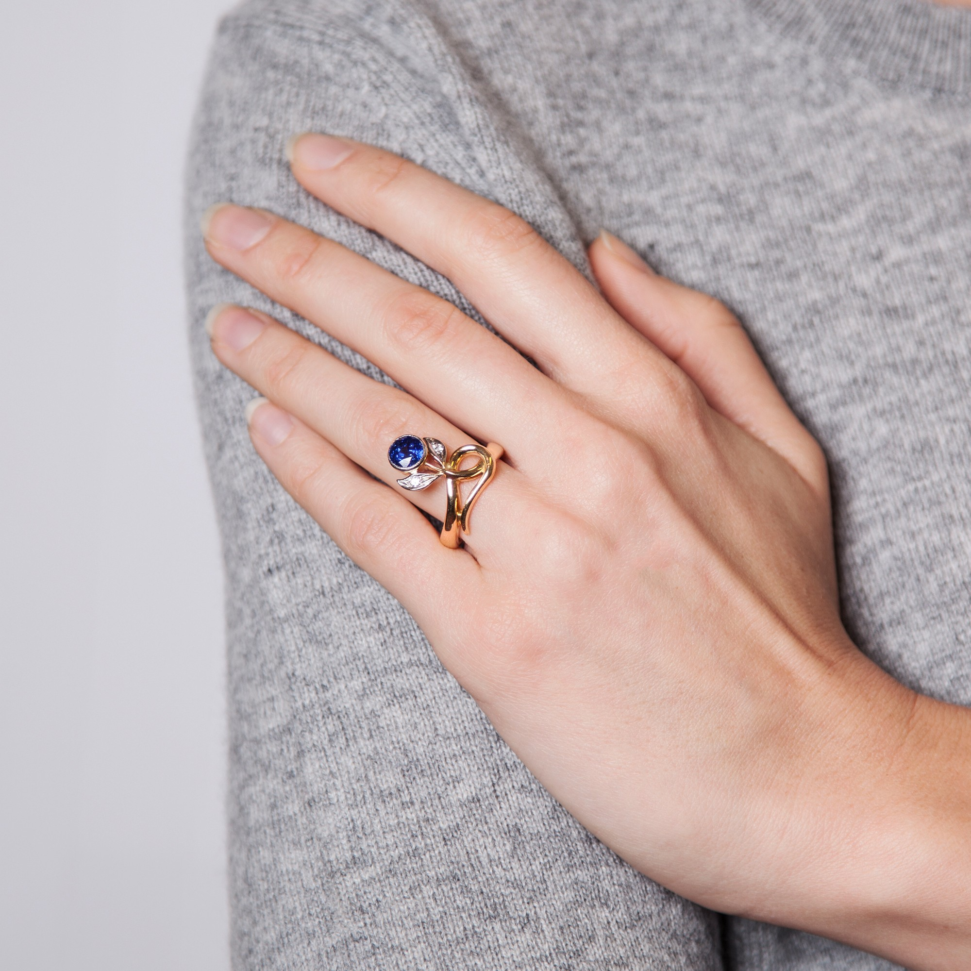 Fabulous Sapphire Ring with Diamond in 750 Gold & Platinum/Sapphire ...