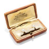 Vom Juwelier des Kaisers - Kragenknöpfe aus Gold & Naturperlen, Gebr. Friedländer, Berlin, um 1900. Photo © 2018 Hofer Antikschmuck Berlin