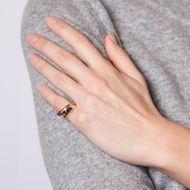 Bedeutungsvolle Steine - Hochwertiger vintage Ring mit Saphir, Rubin & Diamanten, um 1990. Photo © 2018 Hofer Antikschmuck Berlin