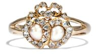 Dein ist mein ganzes Herz - Naturperlen und Diamantrosen Ring der Belle Époque, um 1890. Photo © 2019 Hofer Antikschmuck Berlin