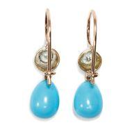 Weiß-blauer Sommerhimmel - Wundervolle Ohrringe mit Türkisen und historischen Diamanten in Silber & Gold. Photo © 2018 Hofer Antikschmuck Berlin