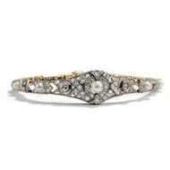 Die Leichtigkeit des Seins - Armband der Belle Époque mit Naturperle & 3,04 ct Diamanten, um 1910. Photo © 2018 Hofer Antikschmuck Berlin