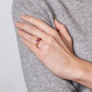 A Ring of Fire - Edler Rubin & Diamant Ring aus Gold, Großbritannien um 1890. Photo © 2019 Hofer Antikschmuck Berlin