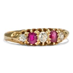 Victorian um 1890: Antiker Rubin & Diamant Ring, Rubine Diamanten in 750 Gold