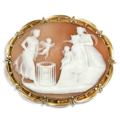 """Liebeshelfer gefällig? - Fabelhafte Kamee mit der sog. """"Amorettenhändlerin"""" um 1830. Photo © 2018 Hofer Antikschmuck Berlin"""