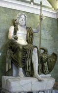 Olympischer Zeus - Ein antiker römischer Steinschnitt in einem modernen Goldring. Photo © 2018 Hofer Antikschmuck Berlin