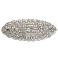 Glamourama - Spektakuläre Diamant-Brosche des Art Déco in Platin, um 1930. Photo © 2019 Hofer Antikschmuck Berlin