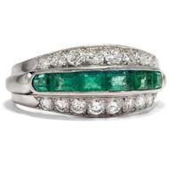 Plinius' Lieblingsstein - Eindrucksvoller vintage Ring mit Smaragden & Diamanten in Platin, um 1965. Photo © 2019 Hofer Antikschmuck Berlin