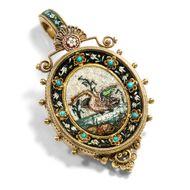 Schwanensee - Außergewöhnliches Mikromosaik-Medailllon als Brosche & Anhänger in Gold, Rom um 1870. Photo © 2019 Hofer Antikschmuck Berlin