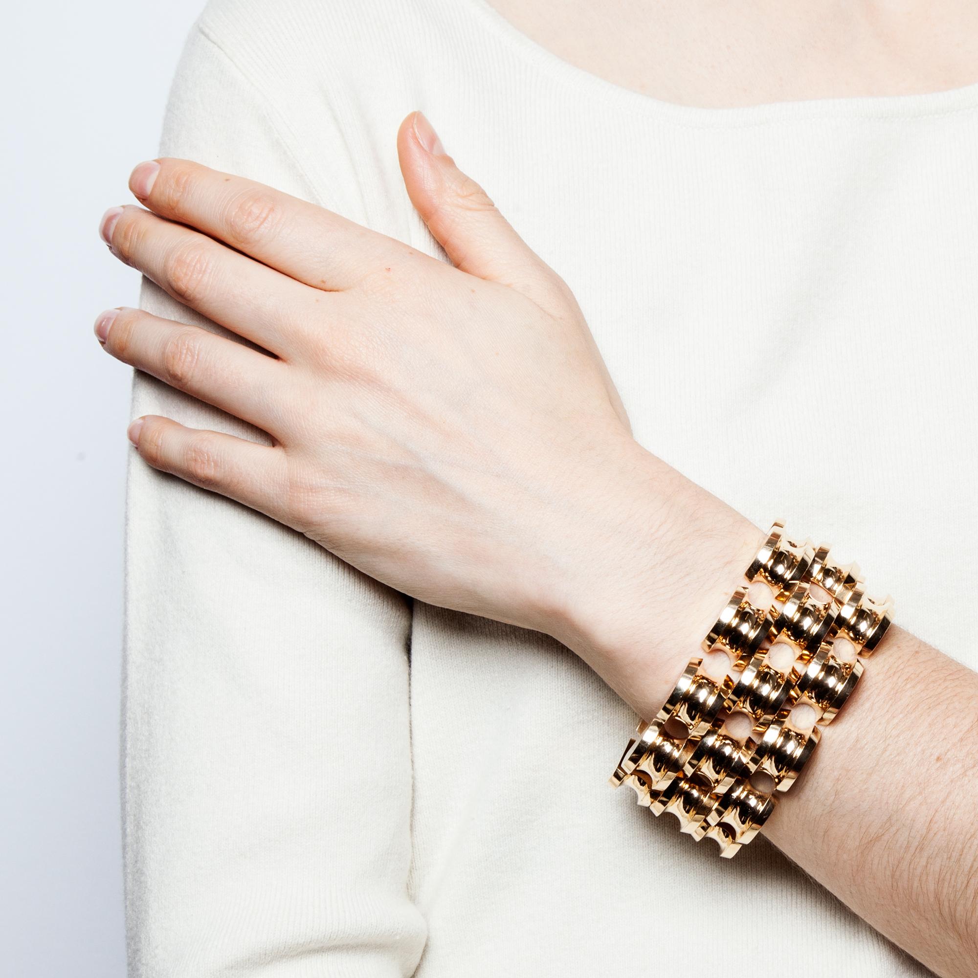 tiffany co stunning wide gold bracelet new york um. Black Bedroom Furniture Sets. Home Design Ideas