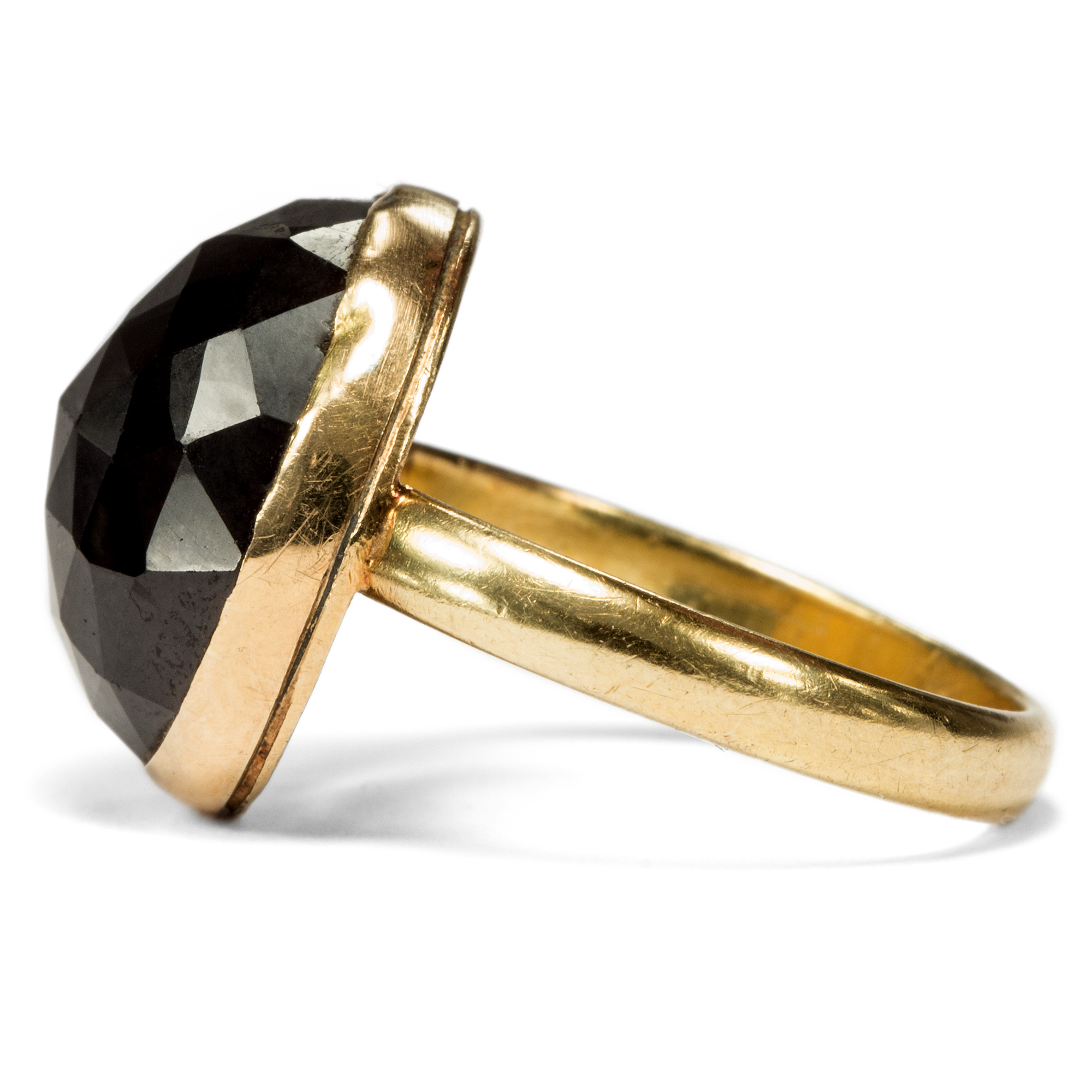 awesome ring with large garnet in gold georgian england. Black Bedroom Furniture Sets. Home Design Ideas
