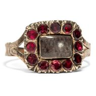 Fabelhafter Haar & Almandin Granat Ring des Biedermeier Gold, Mouring Ring, 1820
