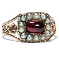 Georgian Garnet - Eleganter Ring mit Granat & natürlichen Perlen in Gold, Großbritannien um 1810. Photo © 2018 Hofer Antikschmuck Berlin