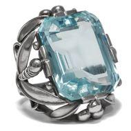 Großer Platin Aquamarin Ring mit Diamanten, Art Déco um 1930 / Diamant Platinum