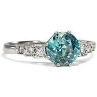 Aus unserer Werkstatt: Feiner Platin Ring mit Diamanten und Edelzirkon, Zirkon