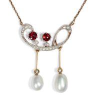 Collier mit guter Laune - Antikes Jugendstil-Collier mit Diamanten, Perlen & Granaten, um 1905. Photo © 2019 Hofer Antikschmuck Berlin