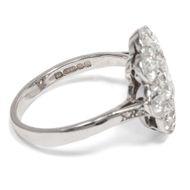 There is a language, little known... - Umwerfender, edwardianischer Diamant-Ring in Platin, Großbritannien um 1910. Photo © 2019 Hofer Antikschmuck Berlin