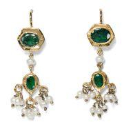 Palast der Winde - Wunderbare vintage Ohrhänger aus Indien mit Perlen & Smaragden, um 2000. Photo © 2019 Hofer Antikschmuck Berlin