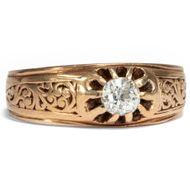 Der Adamas - Gravierter Gold-Ring mit 0,27 ct Diamant-Solitär aus Wien, datiert 1897. Photo © 2018 Hofer Antikschmuck Berlin