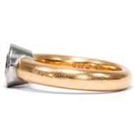 The Power of Love - Klassischer vintage Solitär-Ring mit 0,78 ct Diamant, um 1995. Photo © 2019 Hofer Antikschmuck Berlin