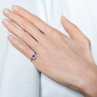 Ewige Liebe - Antiker Ring mit feinem Rubin- und Diamantbesatz, Deutschland um 1910. Photo © 2019 Hofer Antikschmuck Berlin