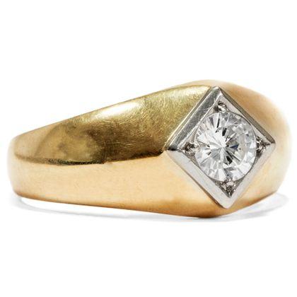 Brillant für den Herrn - Maskuliner vintage Ring mit 0,56 ct Diamant-Solitär in Gold, um 1955. Photo © 2019 Hofer Antikschmuck Berlin