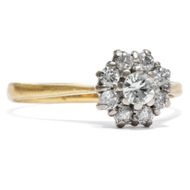 White Daisy Vintage Ring mit 0,47ct Diamanten in 750 Gold Diamant Verlobungsring