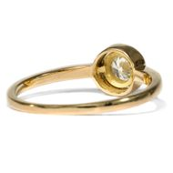 Glücksversprechen in Gelbgold - Aus unserer Werkstatt: Ring mit erstklassigem 0,28 ct Diamanten in Gelbgold. Photo © 2019 Hofer Antikschmuck Berlin