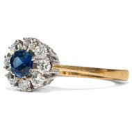 To my love - Feiner vintage Ring mit Saphir & Diamanten, 1970er Jahre. Photo © 2019 Hofer Antikschmuck Berlin
