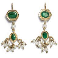 Indische Exotik - Wunderbare vintage Ohrhänger mit Perlen & Smaragden, Indien um 2000. Photo © 2019 Hofer Antikschmuck Berlin